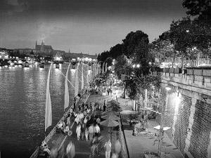 prague_embankment.jpg