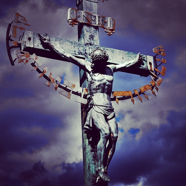 I'm thankful He was crushed for me... #goodfriday #velkýpátek